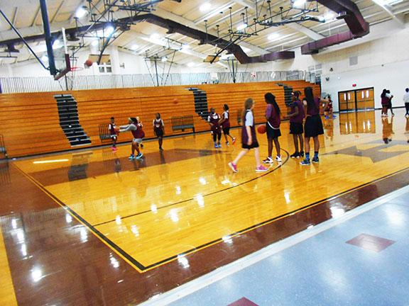 this is the girls basketball team there at the red oak junior high school on